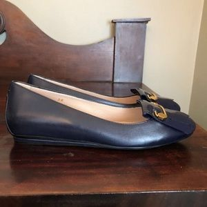 NWOB Tod's Navy Leather Loafers Pin Application 6